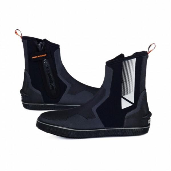 magic-marine-ultimate-2-boot