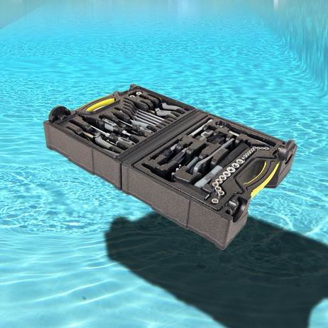air-werkzeugkoffer-schwimmend